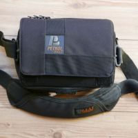 "Petrol 7"" Monitor Bag/Case with built-in sun hood"