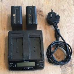 Sony L Series Battery Charger and 2 x Batteries
